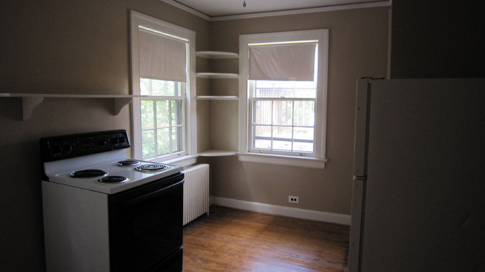 "Colonial Renovation - The ""Treehouse"" upper apartment 
